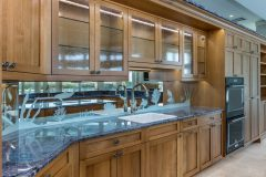 PCICustomHomes_Lemon-Bay-Glass_Etched-Mirror_Kitchen_27