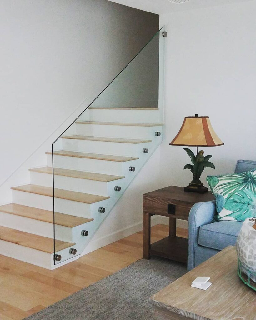 Glass Stair Railing interior_Lemon Bay Glass